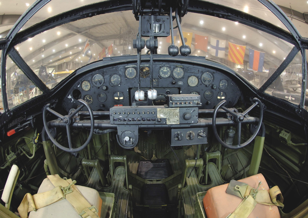 http://www.codeonemagazine.com/images/media/PBY_Catalina_cockpit_1267828237_4088.JPG